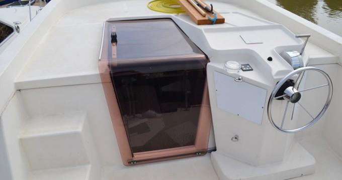 Louez un Premium Tarpon 37 DP à Agde