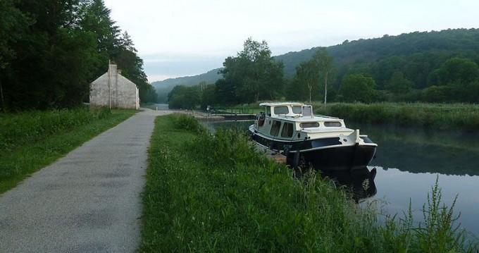 Location bateau Rohan pas cher Motortjalk classic