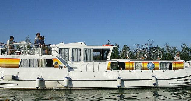 Location yacht à Chenillé-Changé - Classic Penichette 1400 FB sur SamBoat