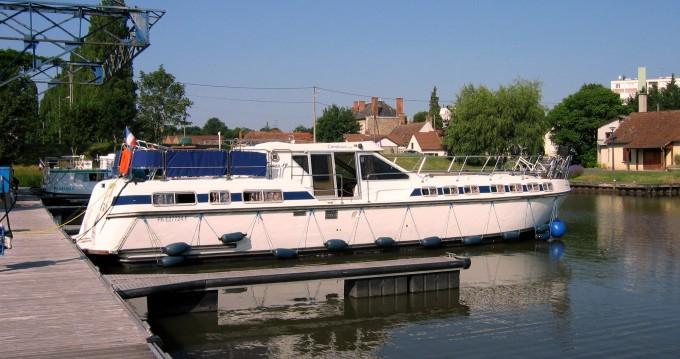 Location yacht à Agde - Premium Tarpon 49 QP sur SamBoat