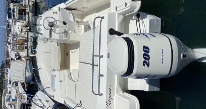 Louez un Omc Space 22 à Cannes