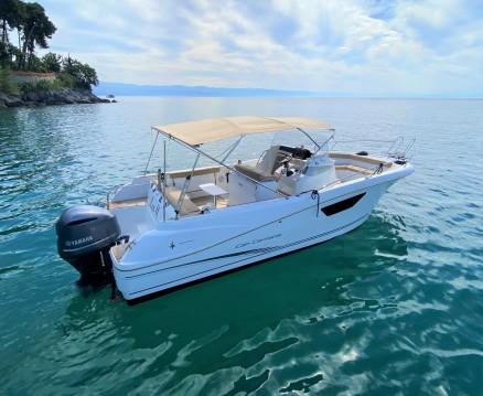 Louer Bateau à moteur avec ou sans skipper Jeanneau à Ičići