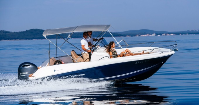 Location bateau Jeanneau Cap Camarat 6.5 CC à Zadar sur Samboat