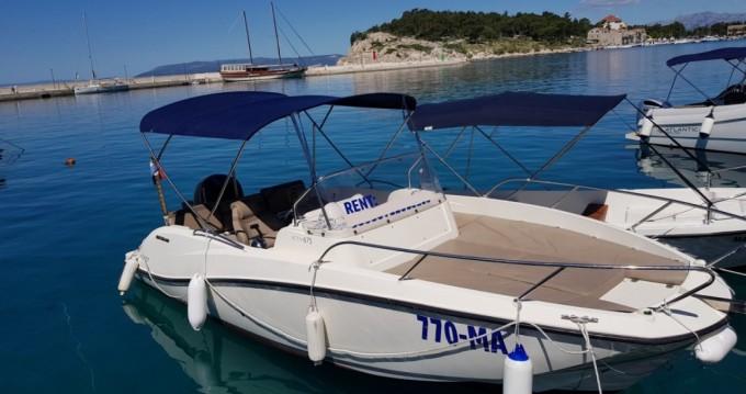 Location bateau Quicksilver Activ 675 Sundeck à Makarska sur Samboat