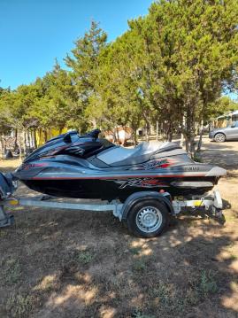 Louez un Yamaha Yamaha GX 1800 FZR à Porto Rotondo