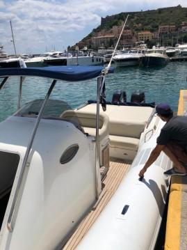 Louer Semi-rigide avec ou sans skipper led à Porto Ercole