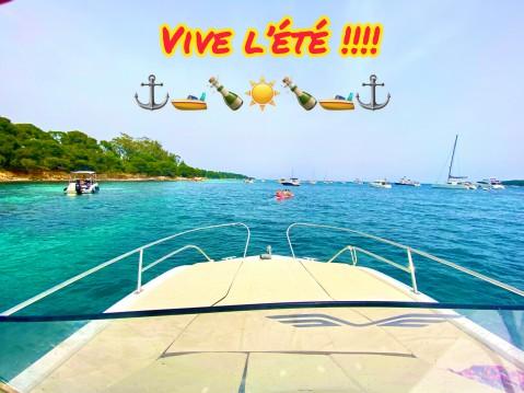 Location bateau Antibes pas cher Flyer 7.7 SUNdeck