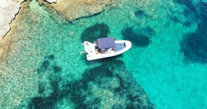 Louez un Flexboat sr620lx à Bonifacio