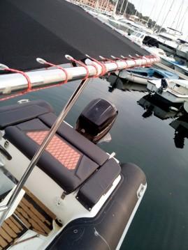 Louer Semi-rigide avec ou sans skipper Ris Marine à Vrsar