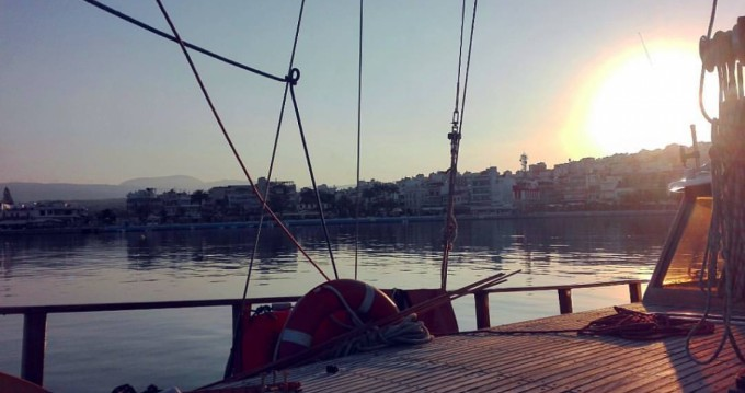 Louer Voilier avec ou sans skipper Custom Made à Agios Nikolaos