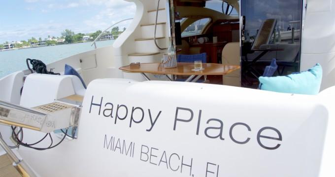 Location bateau South Miami Beach pas cher Azimut 50 Fly