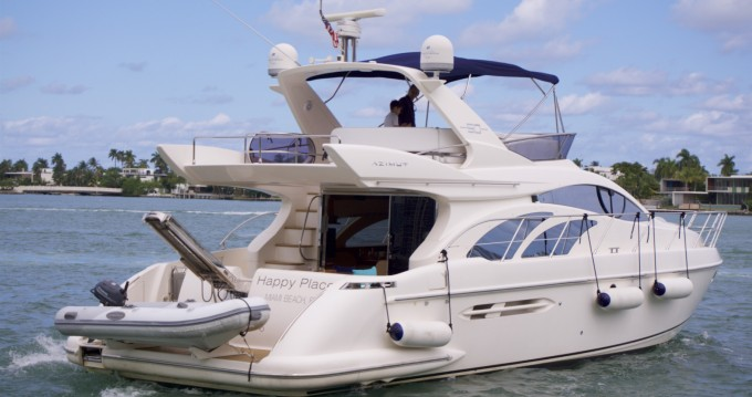 Location Bateau à moteur à South Miami Beach - Azimut Azimut 50 Fly