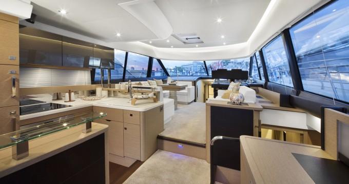 Yacht à louer à Beaulieu-sur-Mer au meilleur prix