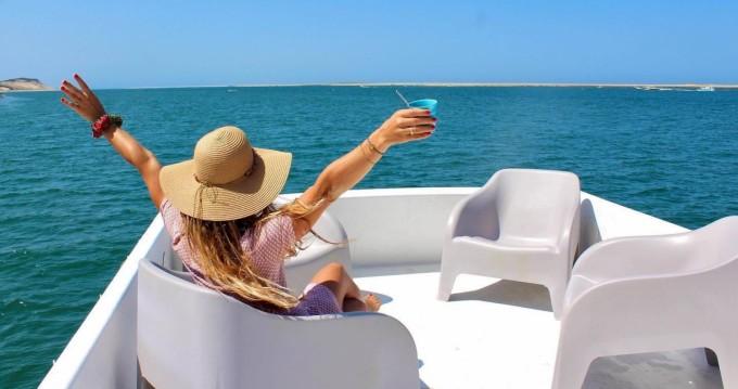 Louer Bateau à moteur avec ou sans skipper Nomad à Lège-Cap-Ferret