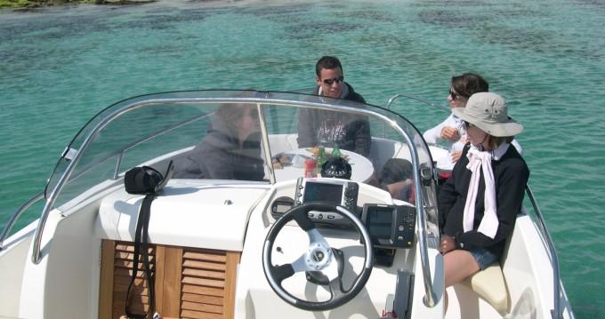 Location yacht à La Forêt-Fouesnant - Jeanneau Cap Camarat 635 sur SamBoat