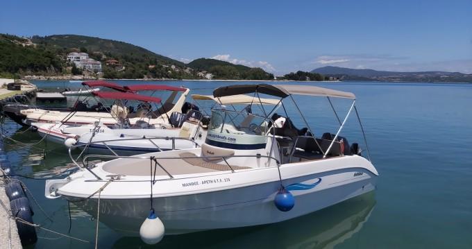 Sessa Marine Key Largo 22 Cabine entre particuliers et professionnel à Nikiána