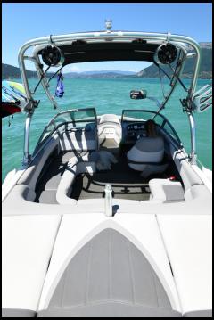 Louer Bateau à moteur avec ou sans skipper Mastercraft à Annecy