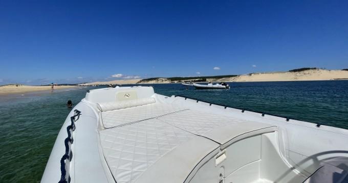 Location bateau Lomac Beluga 24 à Grand Piquey sur Samboat