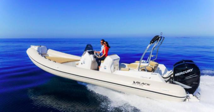 Location bateau Sète pas cher Blackfin 25 Elegance