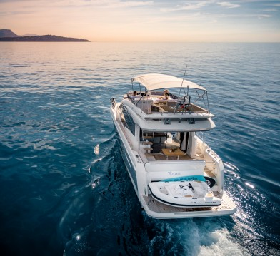 Yacht à louer à Saint-Laurent-du-Var au meilleur prix