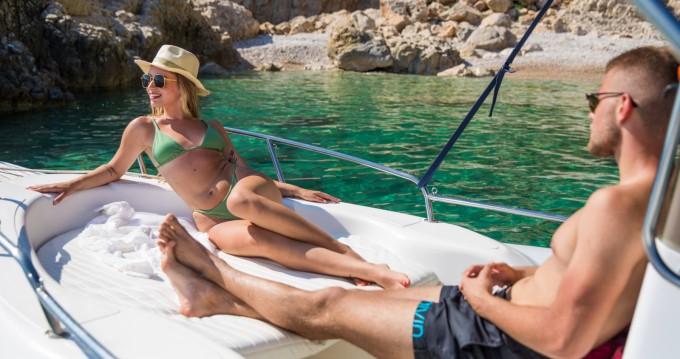 Location bateau Dubrovnik pas cher Maestral 500