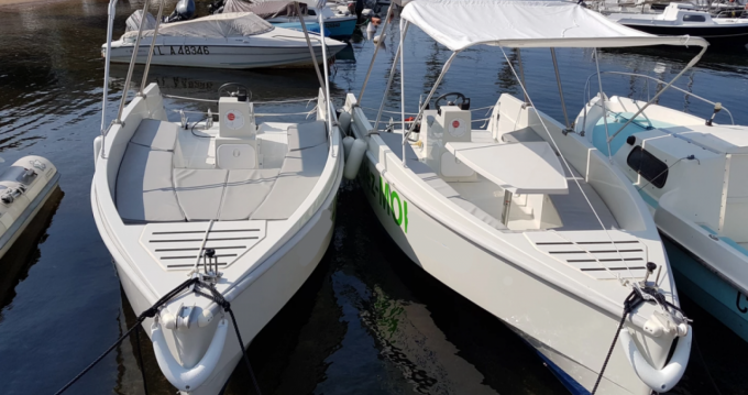 Location Bateau à moteur Solar Boat avec permis