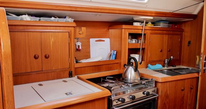 Jeanneau Sun Odyssey 34.2 entre particuliers et professionnel à Saint-Raphaël