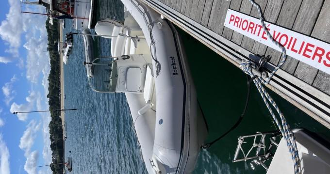 Louer Semi-rigide avec ou sans skipper Bombard à Dinard