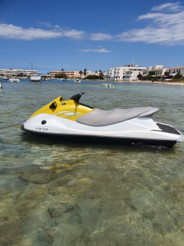 Louez un Yamaha YAMAHA VX1100 à Formentera