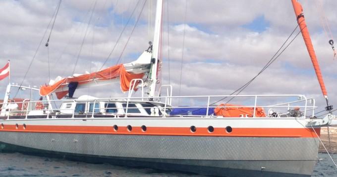 Location bateau Olbia pas cher JPB 52