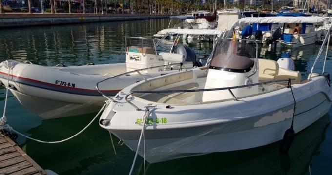 Louer Bateau à moteur avec ou sans skipper Marinello à Alicante