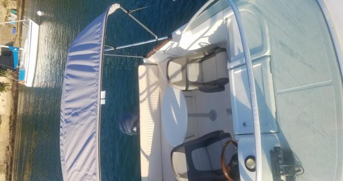 Location bateau Jeanneau Leader 545 Hb à Vannes sur Samboat