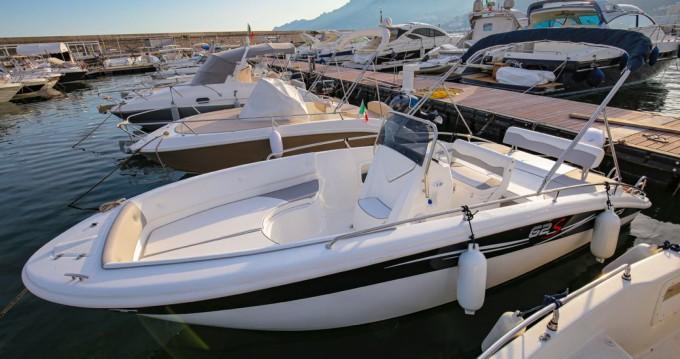 Location bateau Salerno pas cher 62s