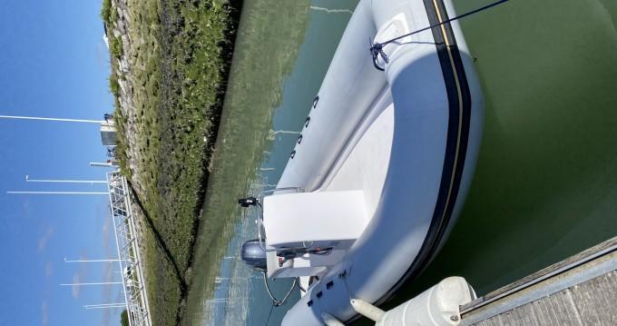 Louer Bateau à moteur avec ou sans skipper Rio à La Rochelle