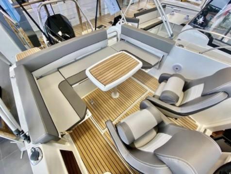 Location bateau Port-Vendres pas cher Cap Camarat 7.5 WA Serie 2