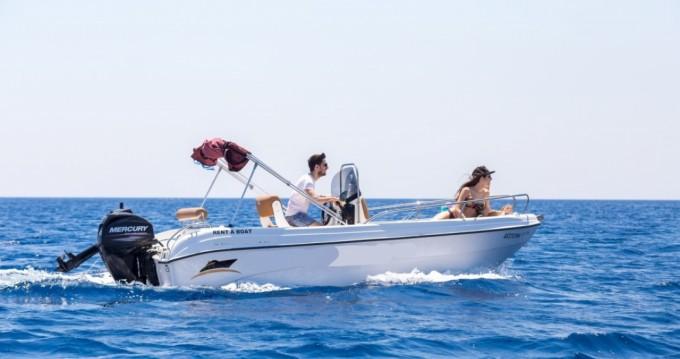 Louer Bateau à moteur avec ou sans skipper Karel à Rhodes