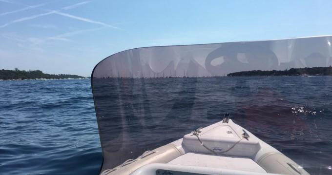 Louer Semi-rigide avec ou sans skipper Arimar à Cannes