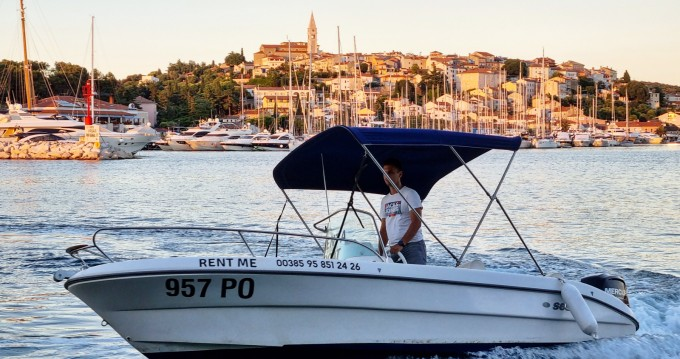 Louez un Sessa Marine Key Largo 19 à Vrsar