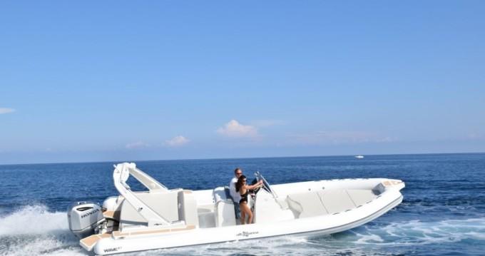 Louer Semi-rigide avec ou sans skipper Altamarea à Palerme