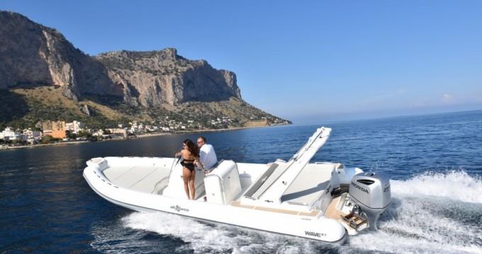 Altamarea Wave 27 entre particuliers et professionnel à Palerme