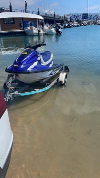 Location bateau Yamaha Waverunner GP 800 à Lège-Cap-Ferret sur Samboat