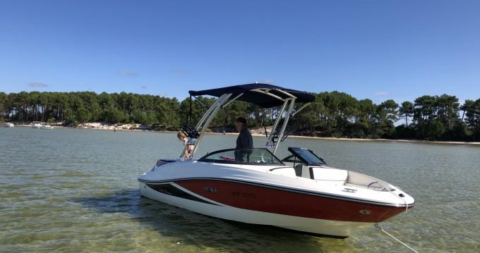 Louer Bateau à moteur avec ou sans skipper Sea Ray à Biscarrosse