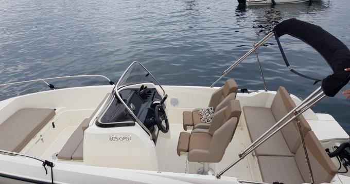 Location bateau Marseille pas cher Activ 605 Open