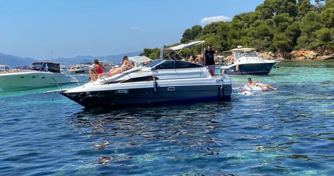 Bateau à moteur à louer à Cannes au meilleur prix