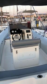 Louer Semi-rigide avec ou sans skipper Bsc à Porto di Alghero