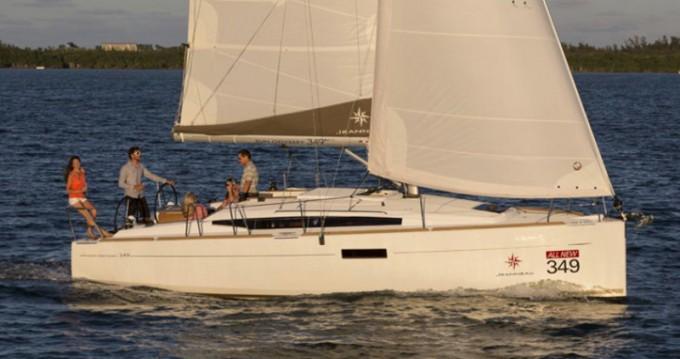 Location bateau Jeanneau Sun Odyssey 349 à Skiathos sur Samboat
