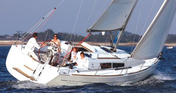 Location bateau Lávrio pas cher Sun Odyssey 36i
