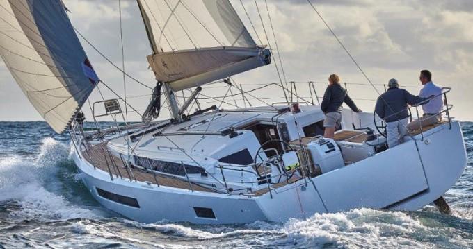 Location bateau Paros pas cher Sun Odyssey 490