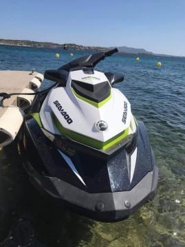Sea-Doo GTI SE entre particuliers et professionnel à Fréjus