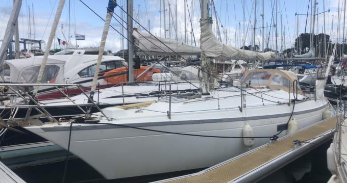 Location bateau Port la Forêt pas cher Dufour 34